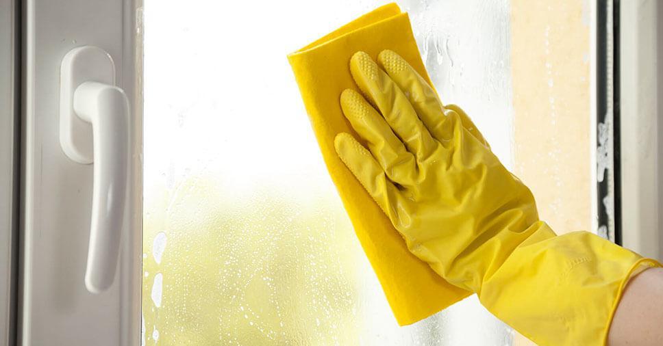 Limpeza de janelas e vidros: 4 dicas para facilitar
