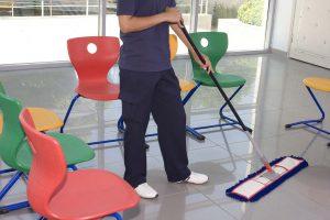 Como fazer a limpeza escolar nos ambientes